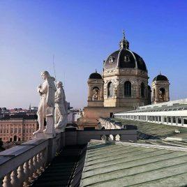 am Dach des natruhistorischen Museums fuehrung abendprogramm